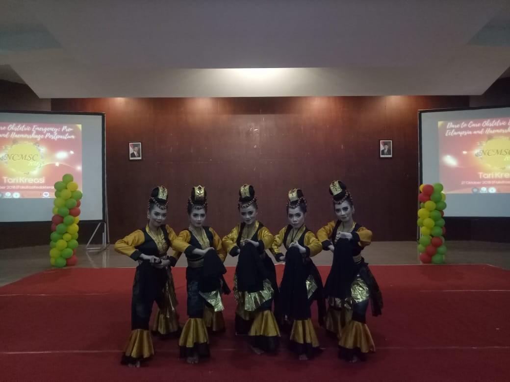 Lomba Tari di Universitas Brawijaya